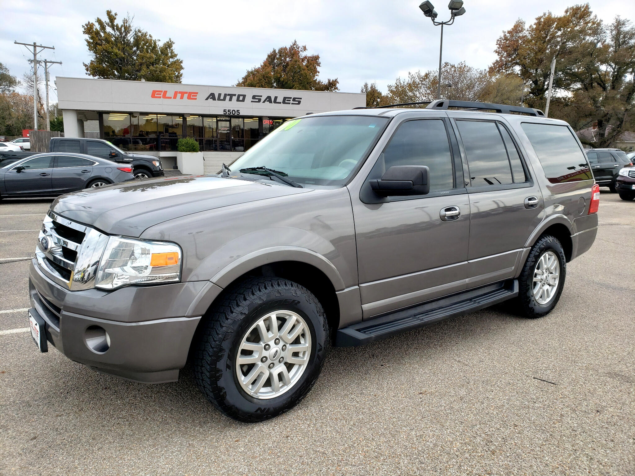 Ford Expedition 2WD 4dr XLT 2014