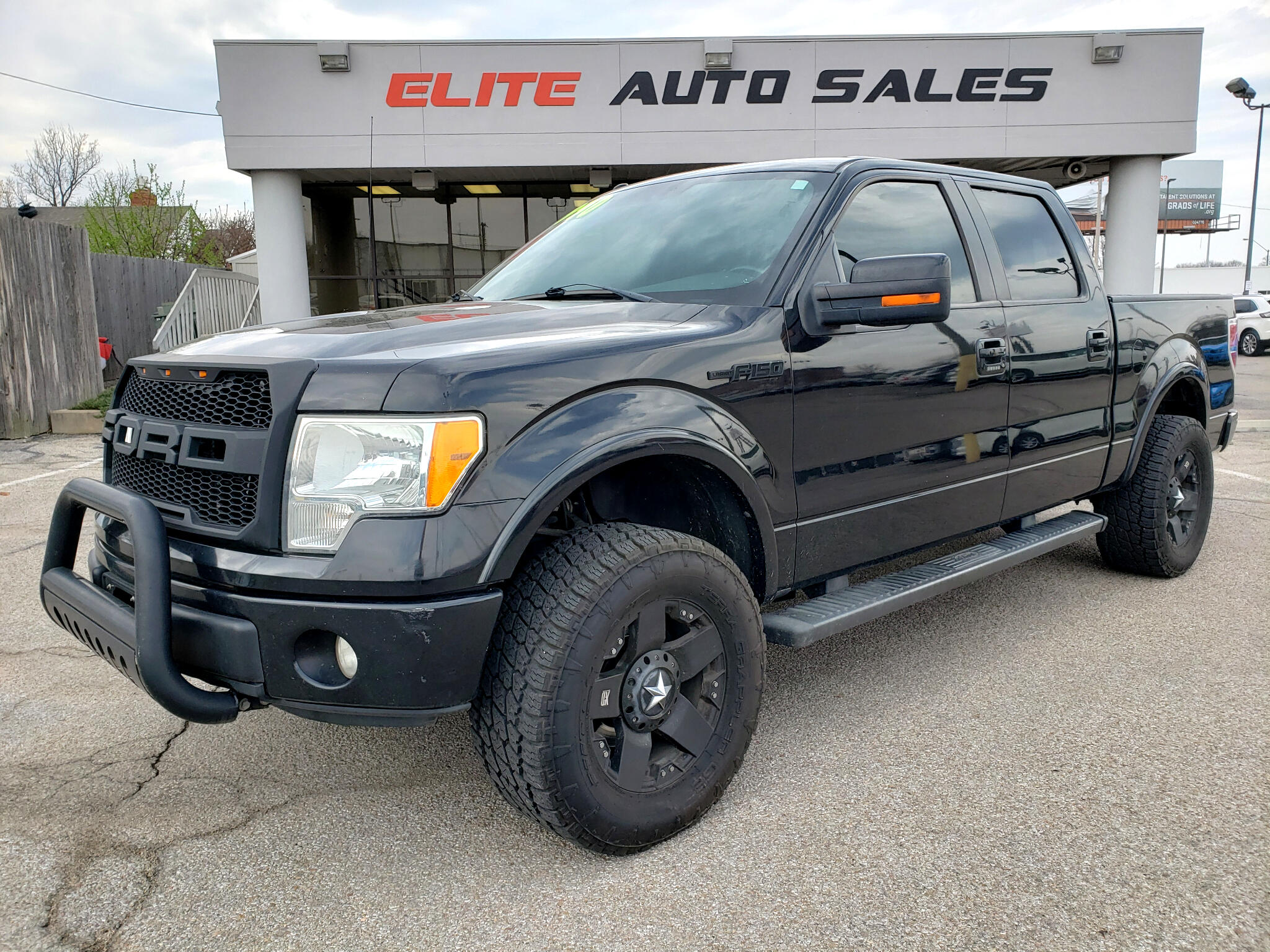 "Ford F-150 4WD SuperCrew 139"" FX4 2010"