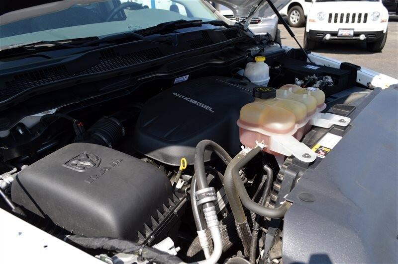 2016 RAM 1500 2WD Crew Cab 140.5