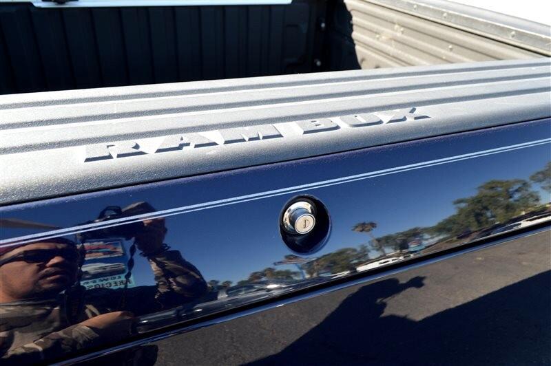2015 RAM 1500 Sport Crew Cab SWB 2WD