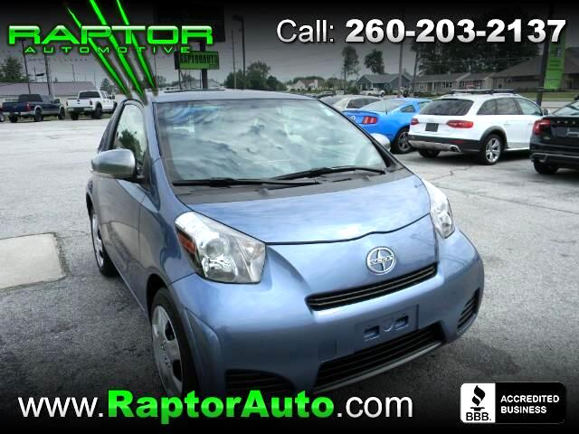 2013 Scion iQ 3-Door Hatchback AT