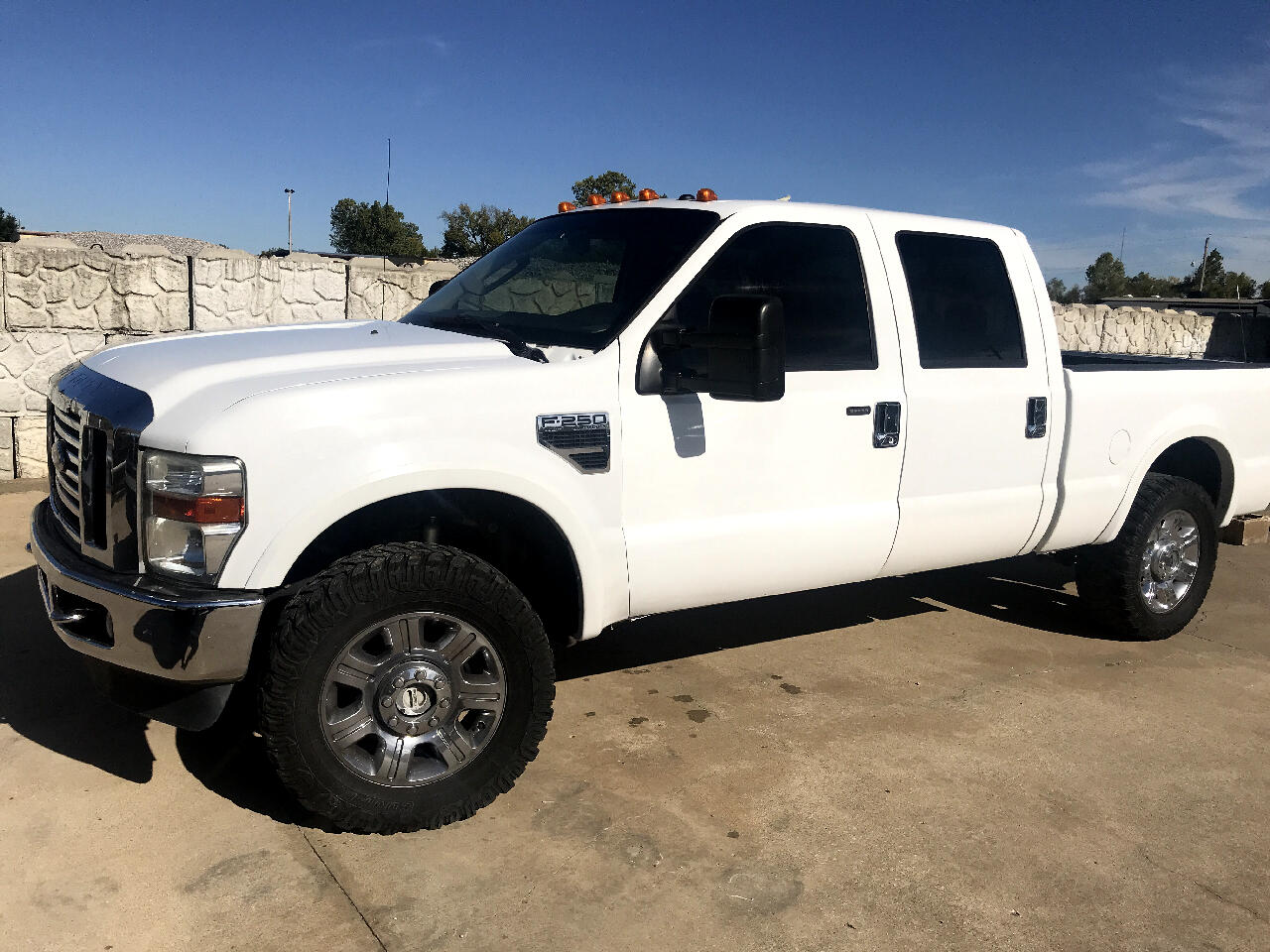 2008 Ford F-250 SD Lariat Crew Cab Long Bed 4WD