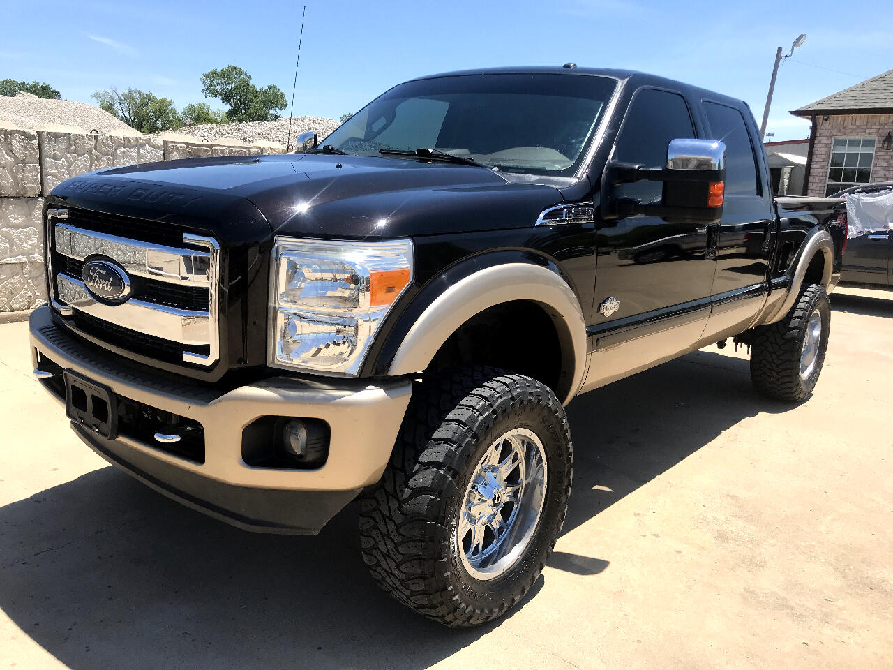 2013 Ford F-250 SD LARIAT CREW CAB KING RANCH   4WD