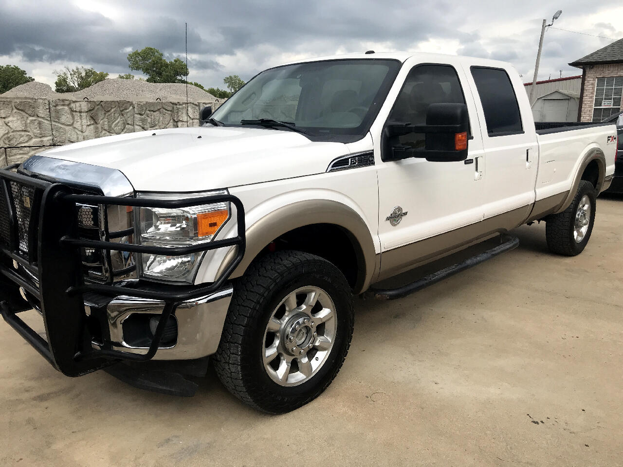 2011 Ford F-350 SD Lariat Crew Cab Long Bed 4WD