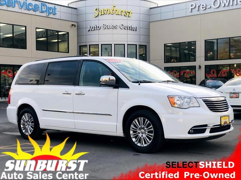 2015 Chrysler Town & Country TOURING L