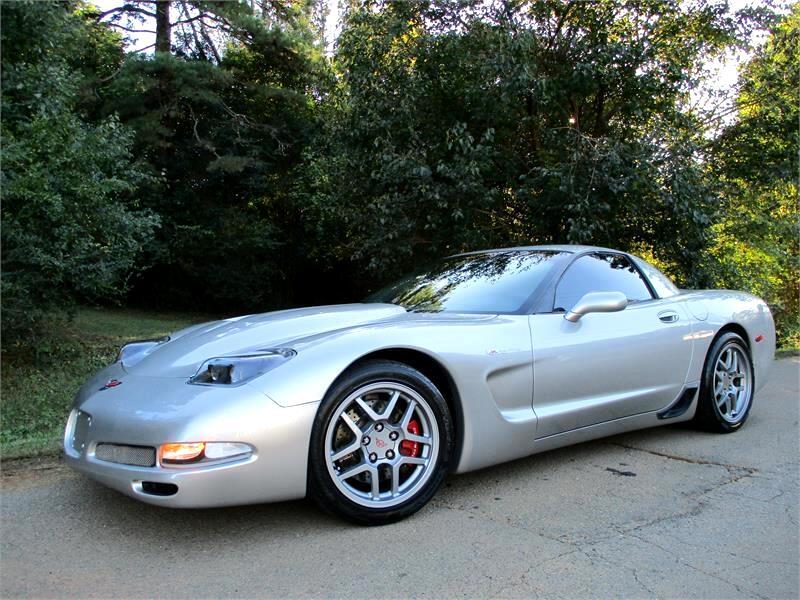 2004 Chevrolet Corvette 2dr Z06 Hardtop