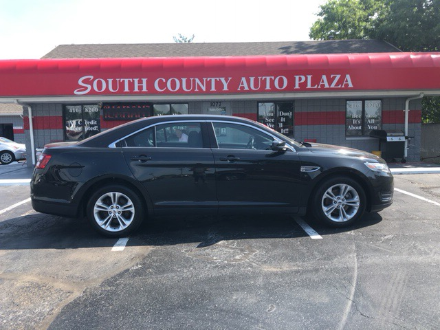 2013 Ford Taurus 4dr Sdn SEL