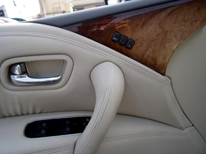 2011 Infiniti QX56 4WD