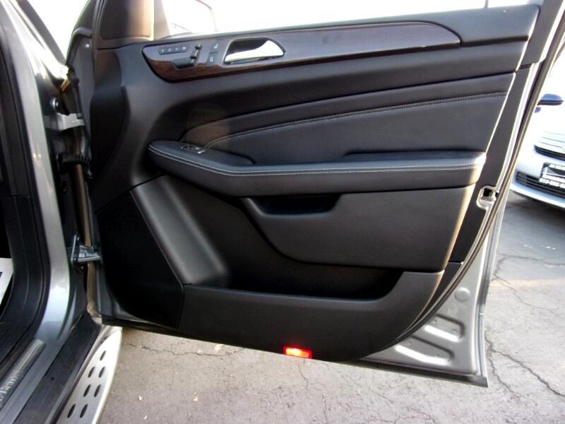 Mercedes-Benz M-Class ML350 4MATIC 2012