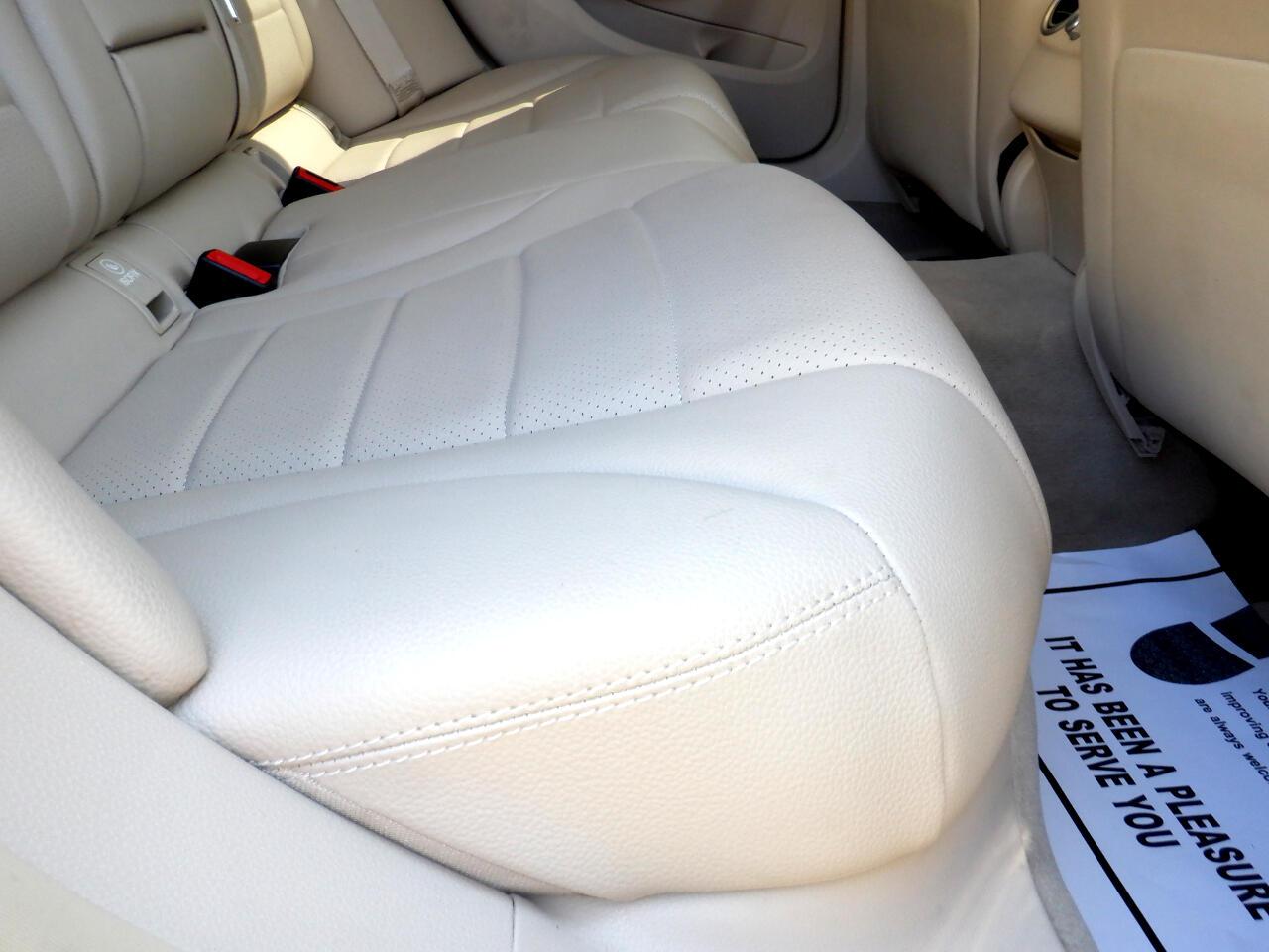 Mercedes-Benz C-Class C300 4MATIC Sedan 2015