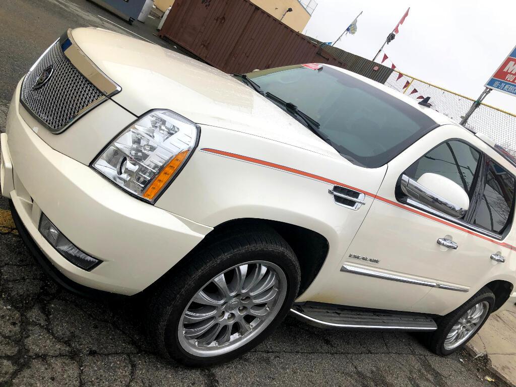 2011 Cadillac Escalade AWD 4dr Base