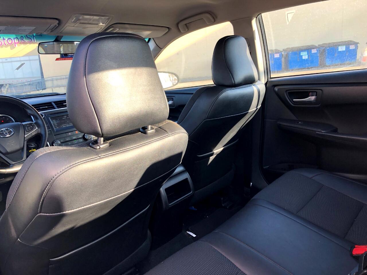 2016 Toyota Camry 4dr Sdn I4 Auto SE w/Special Edition Pkg (Natl)