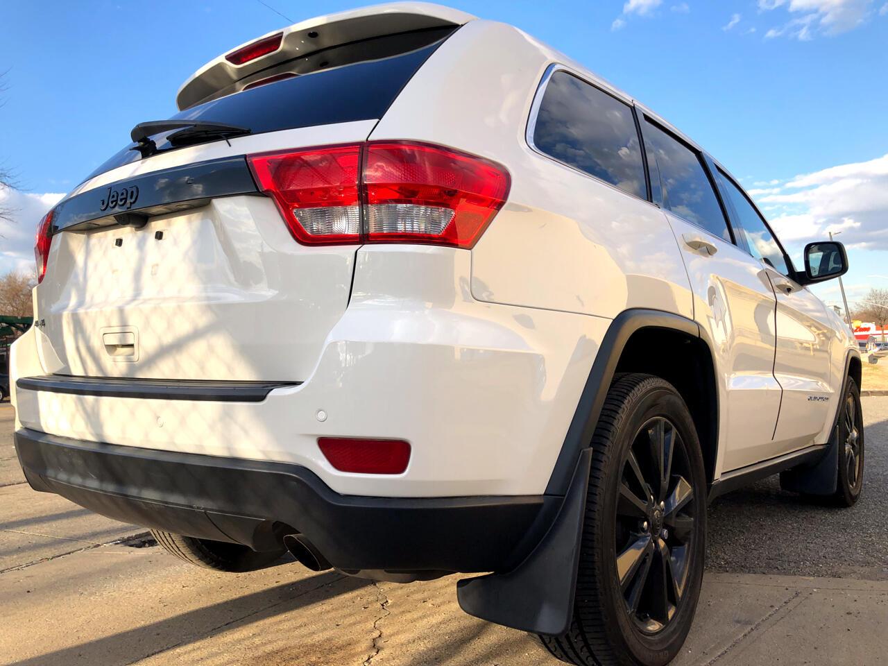 2012 Jeep Grand Cherokee 4WD 4dr Laredo Altitude