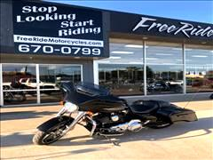 2016 Harley-Davidson FLHXI