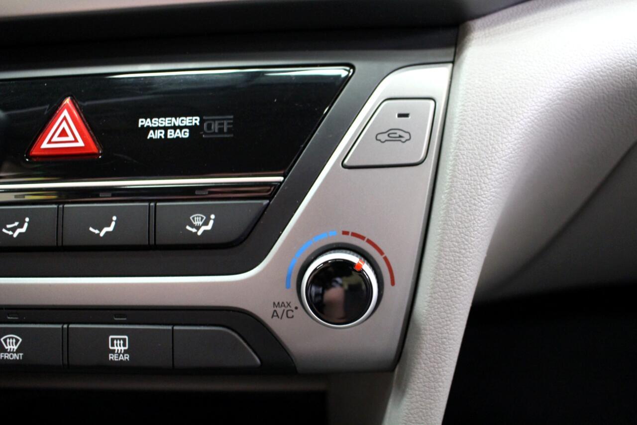 2017 Hyundai Elantra SE 2.0L Auto (Ulsan) *Ltd Avail*