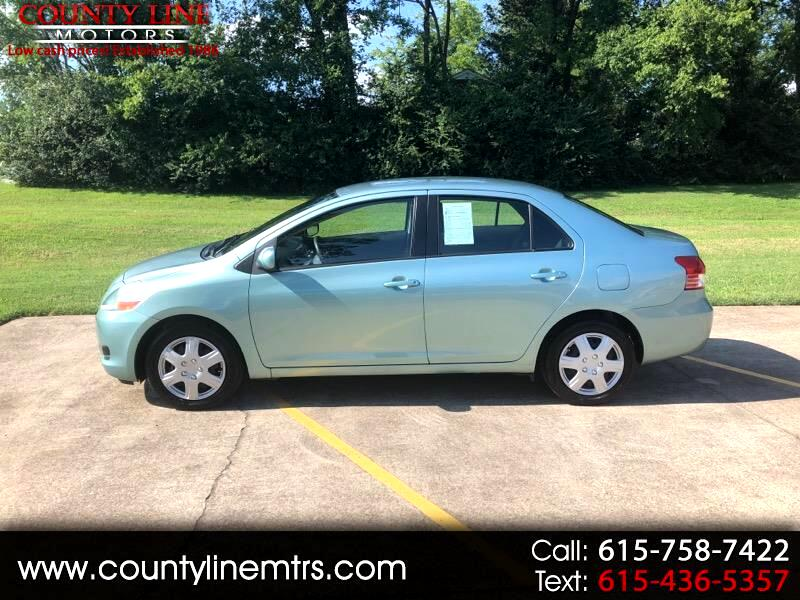 2010 Toyota Yaris 4-Door L Auto (Natl)