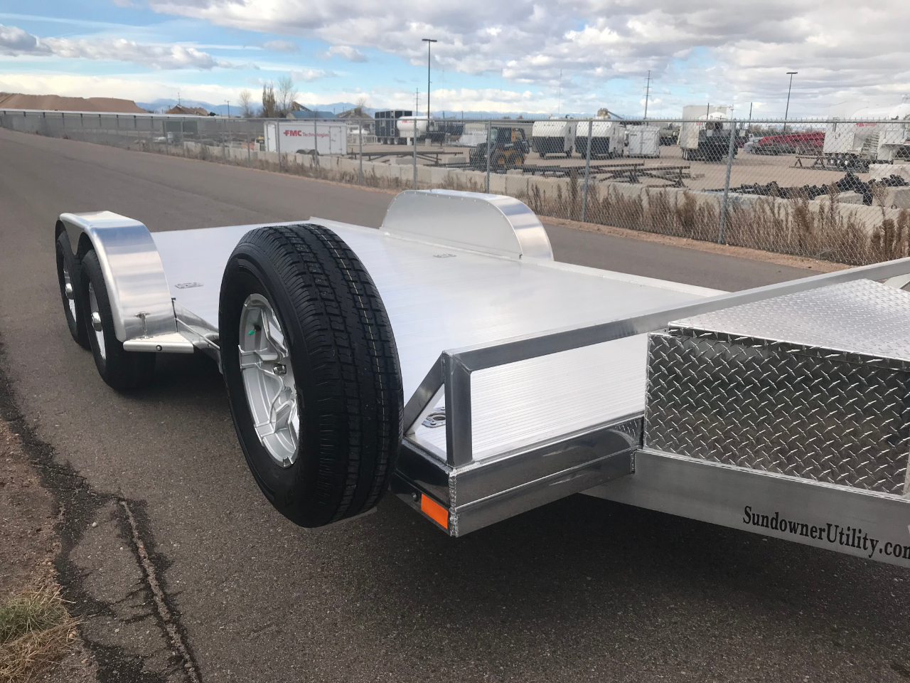2020 Sundowner Car Hauler