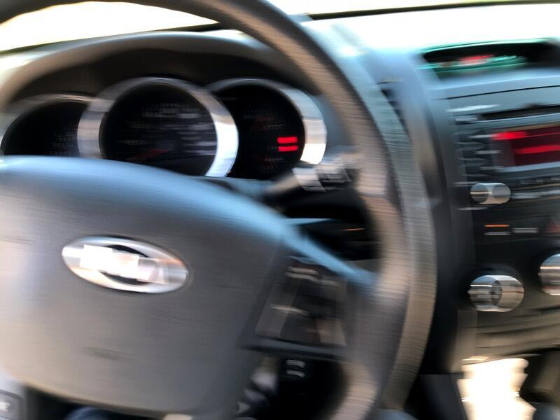 2011 Kia Sorento LX 2WD