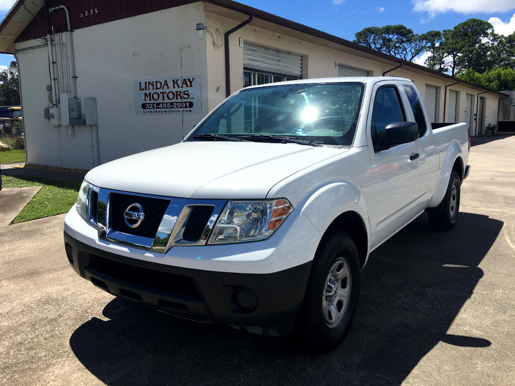 2011 Nissan Frontier 2WD King Cab I4 Manual S
