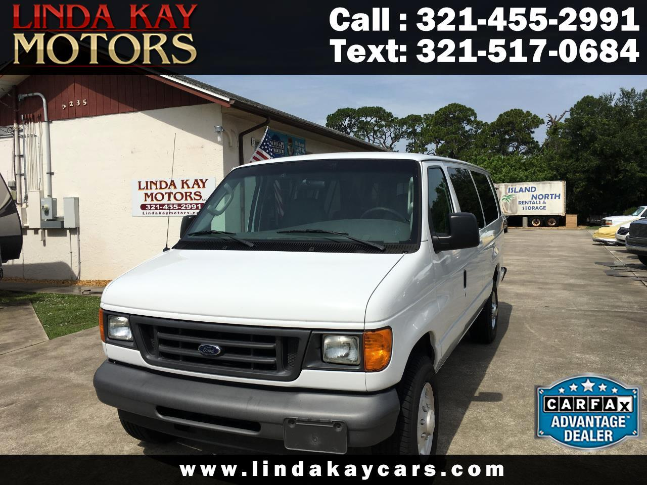 2006 Ford Econoline Wagon E-350 Super Ext XLT