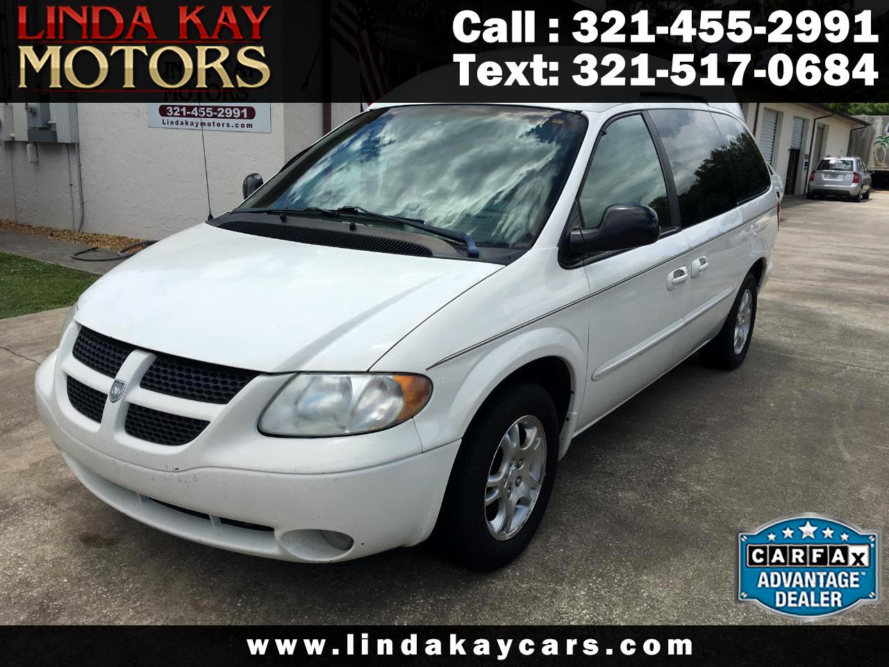 "Dodge Caravan 4dr Grand Sport 119"" WB 2002"