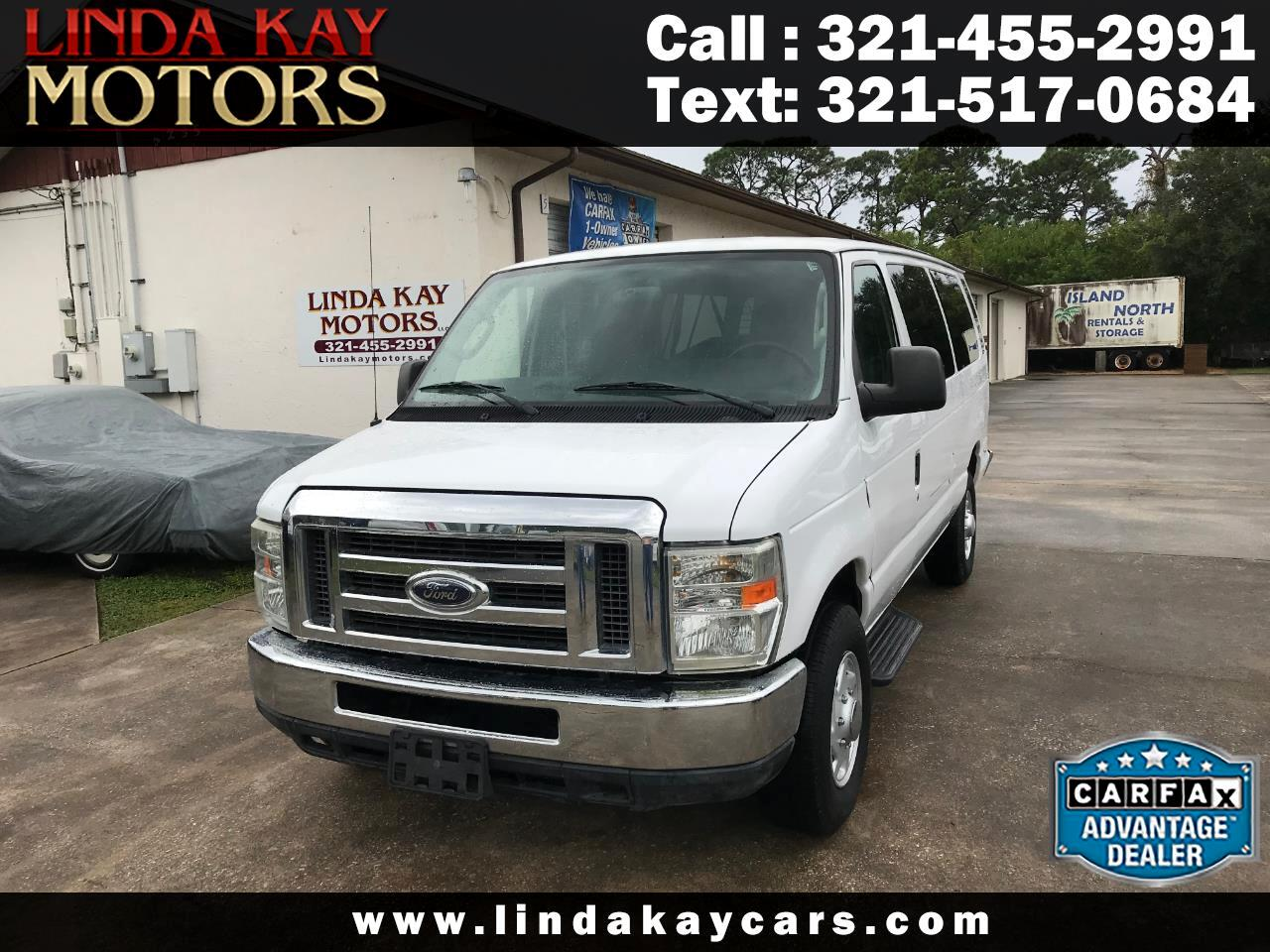 Ford Econoline Wagon E-350 Super Duty Ext XLT 2011