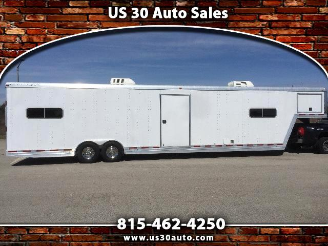 2005 Featherlite Trailers 1585
