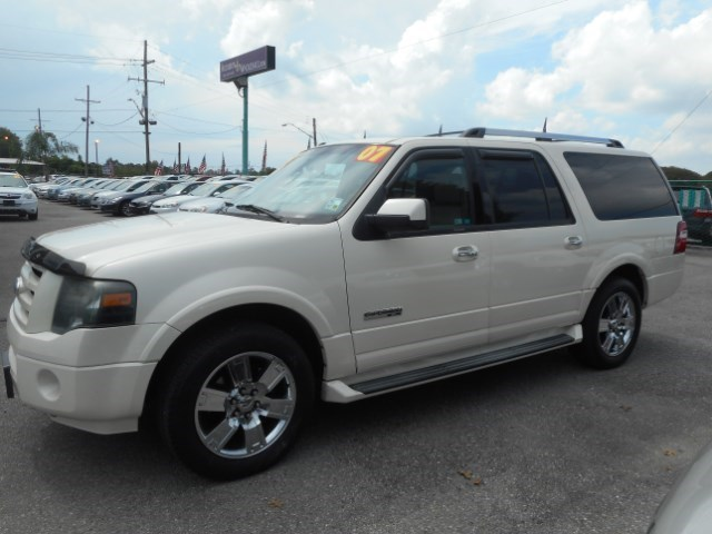 2007 Ford Expedition EL Limited 2WD