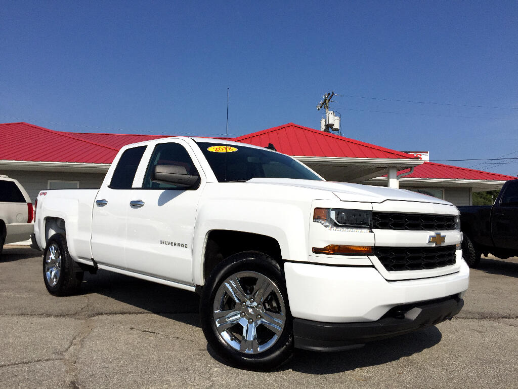 2018 Chevrolet Silverado 1500 Custom Double Cab 4WD