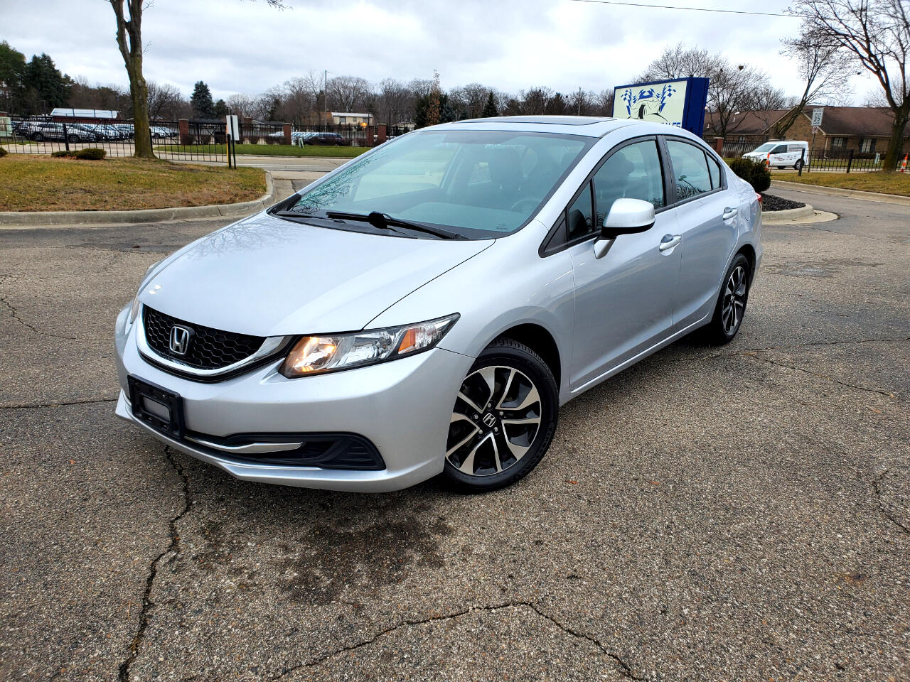 Honda Civic EX Sedan 5-Speed AT 2013