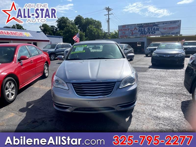 Chrysler 200 4dr Sdn LX 2013