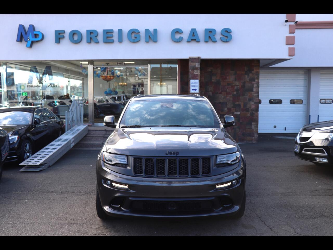 2016 Jeep Grand Cherokee 4WD 4dr SRT Night