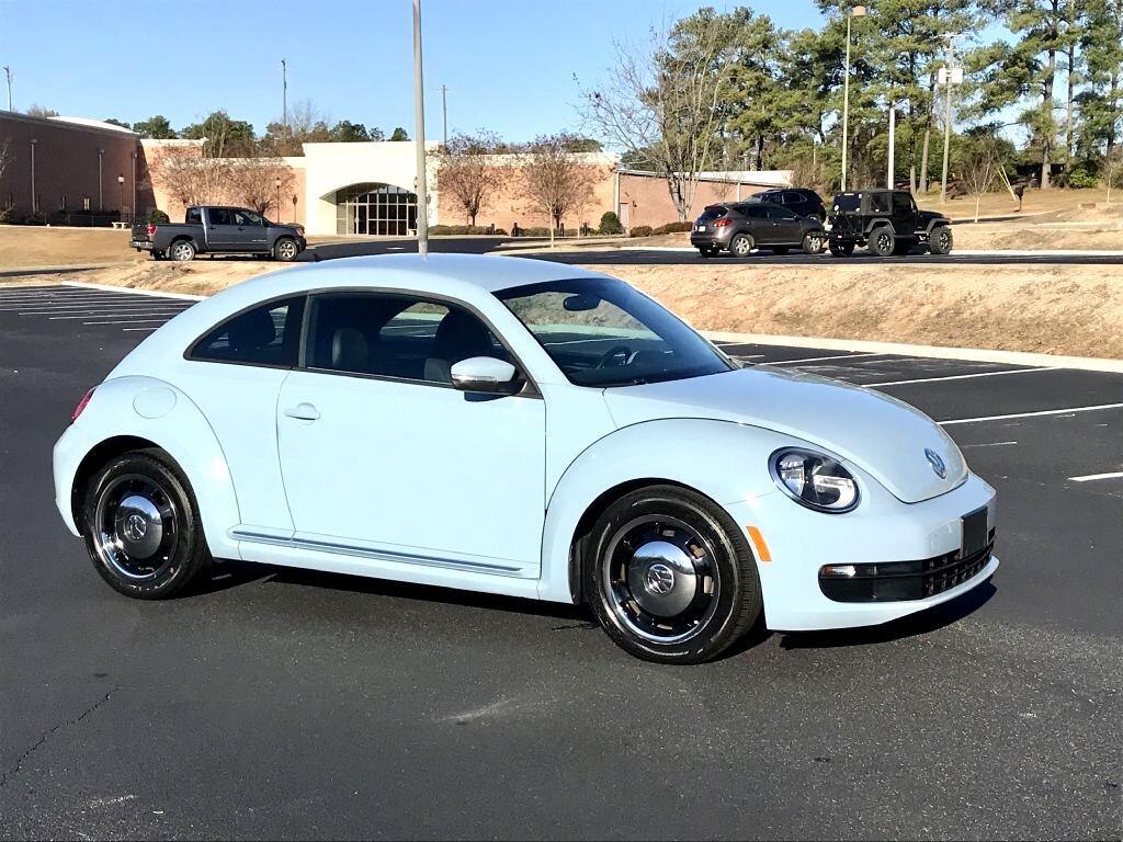Volkswagen Beetle 2dr Cpe Auto 2.5L PZEV 2012