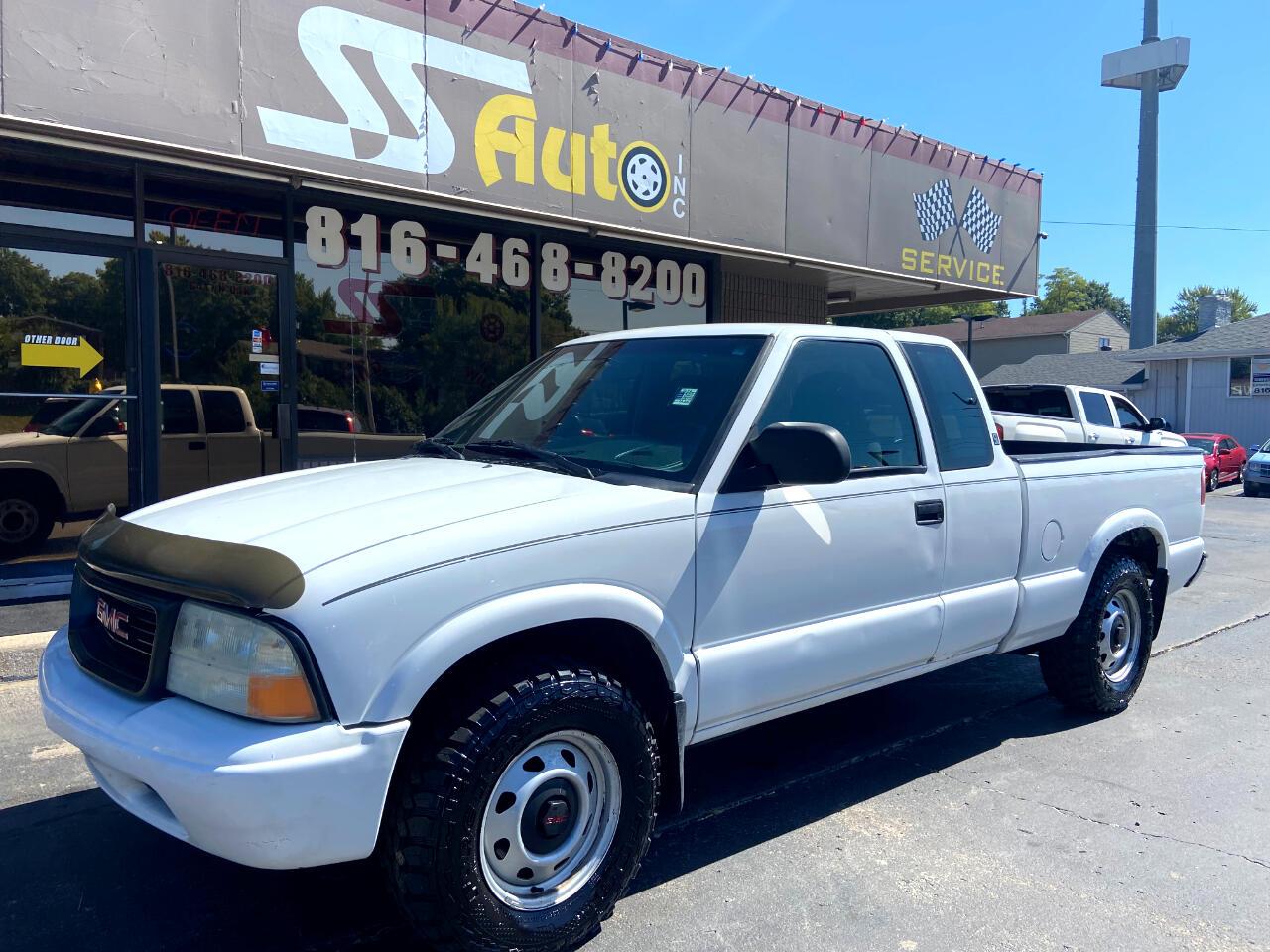 "GMC Sonoma Ext Cab 123"" WB 4WD SL 2003"