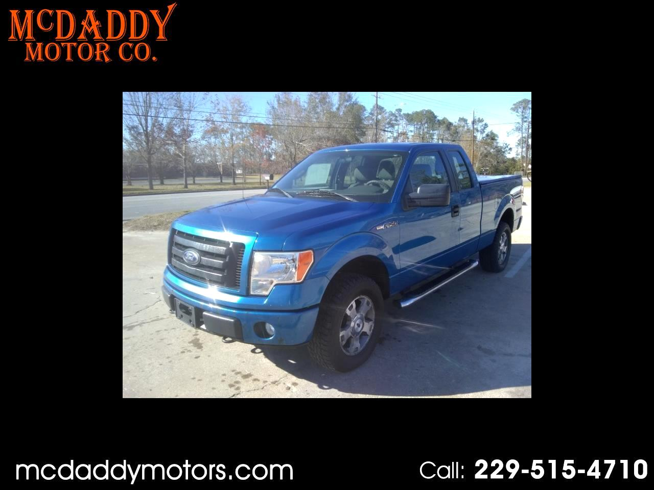 "Ford F-150 4WD SuperCab 145"" STX 2010"