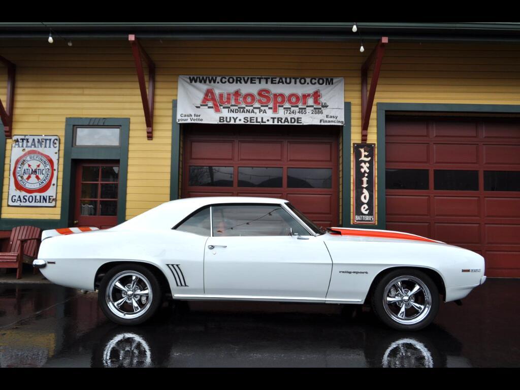 1969 Chevrolet Camaro SSRS White/Hugger Orange Stripes Houndstooth Inter