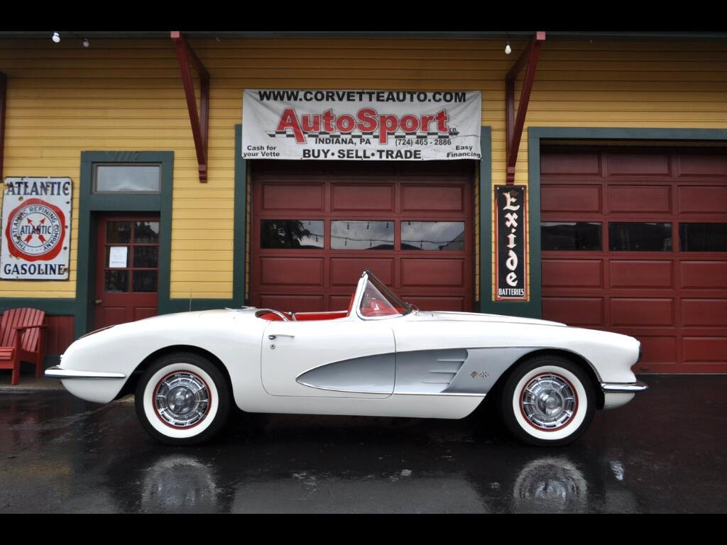 1959 Chevrolet Corvette 1959 Snowcrest White/Red Silver Cove