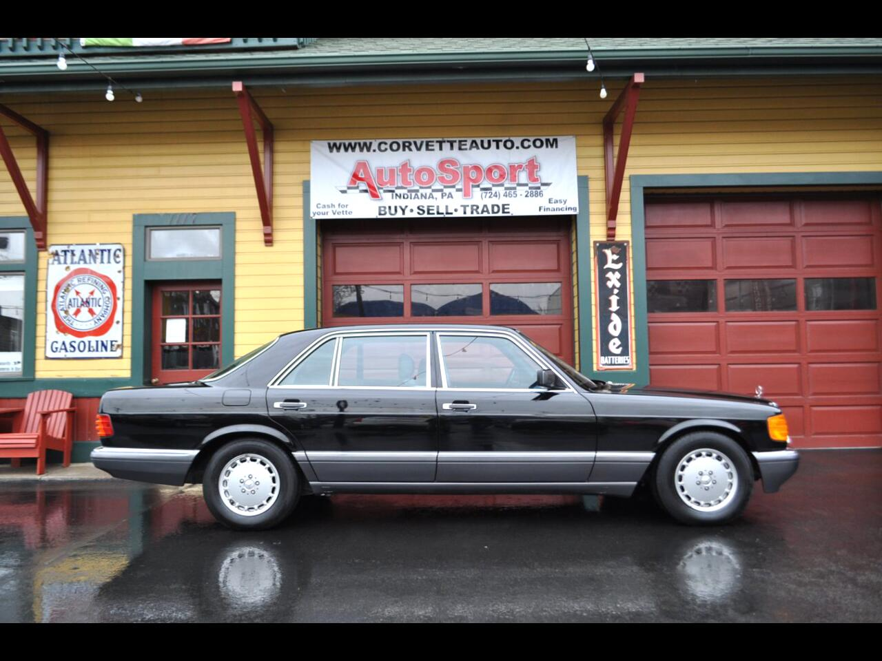 1991 Mercedes-Benz 560 1991 560SEL 11k Miles!! Black/Black Custom Ordered