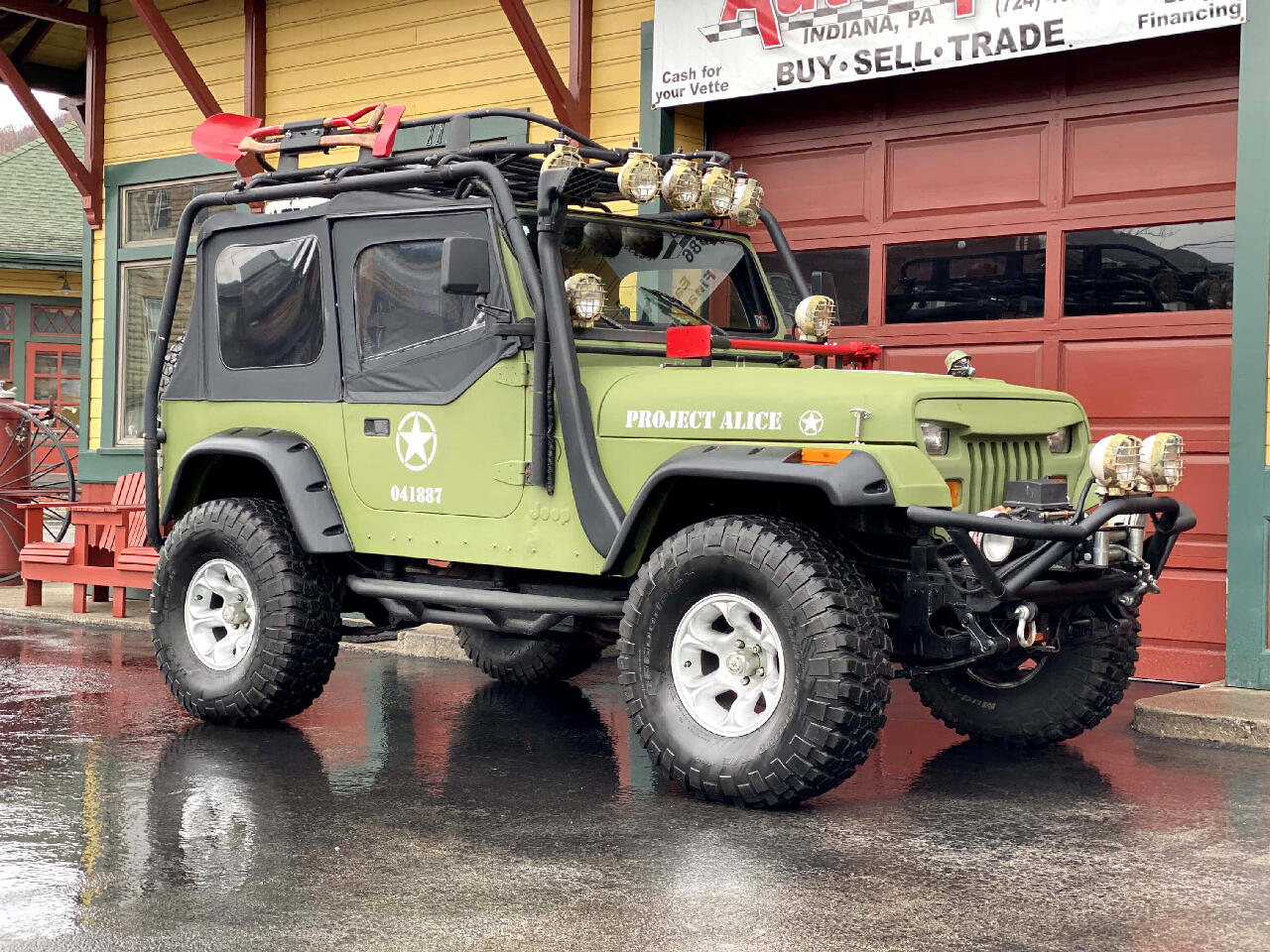 1988 Jeep Wrangler Full Custom Rhinoliner Titan 4.7L Jeep Wrangler!