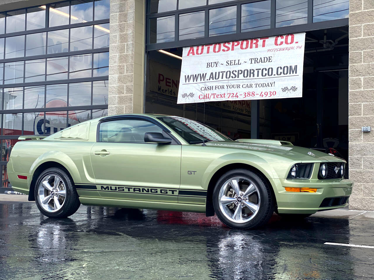 Ford Mustang GT Premium Coupe 2006