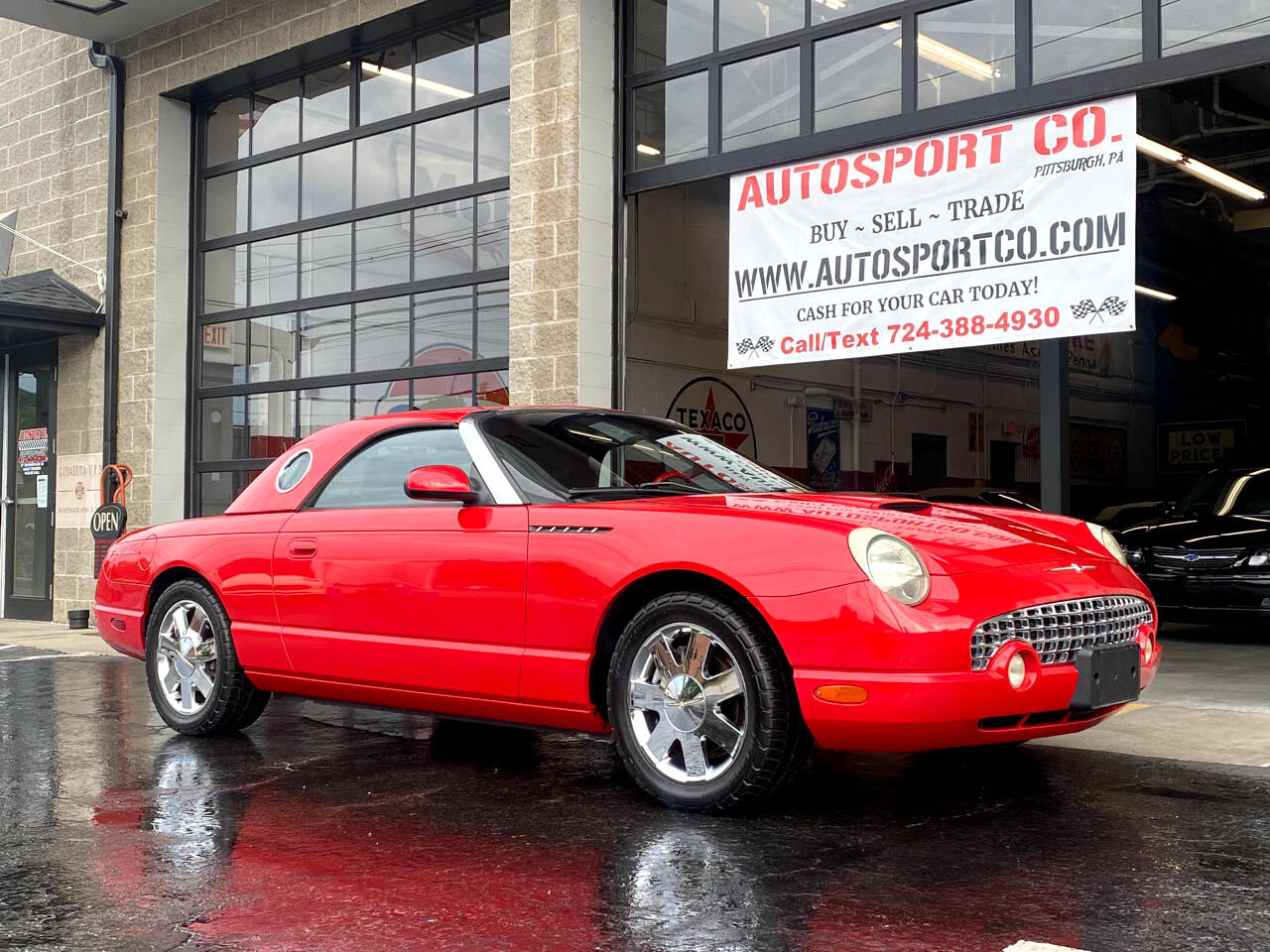 Ford Thunderbird Deluxe 2002