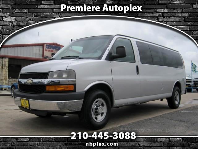 2011 Chevrolet Express LT 3500 Extended 15 Passenger Van 1 Owner V-8 Auto