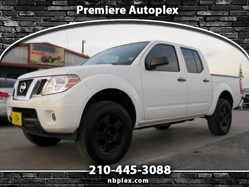 "2016 Nissan Frontier SV Crew Cab 2WD 3"" Lift 4.0L V-6 Low Miles"