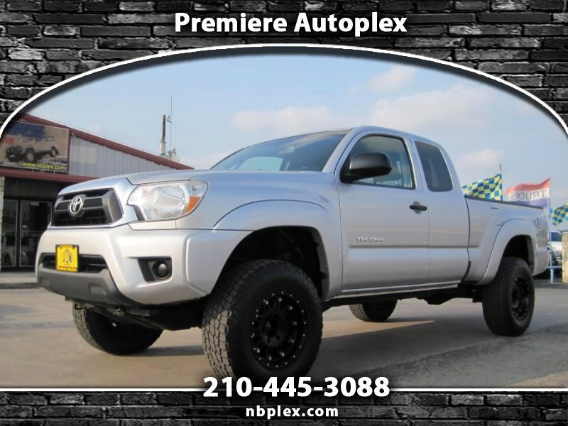 2012 Toyota Tacoma Access Cab 4x4 2.7L 4 Cyl 5 spd Lifted XD Alloys 3