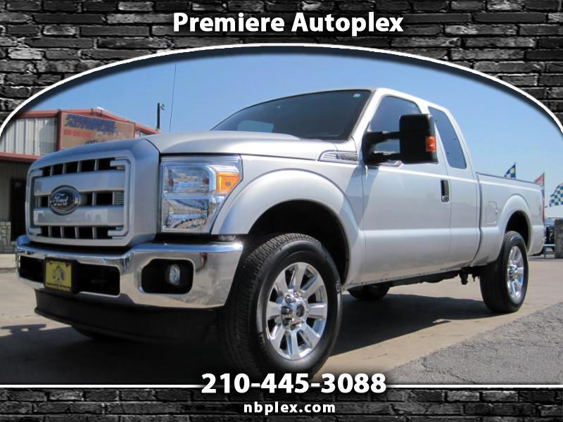 2016 Ford F-250 SD SuperCab 4x4 6.2L V-8 SWB 20's Michelin's 1 Owner