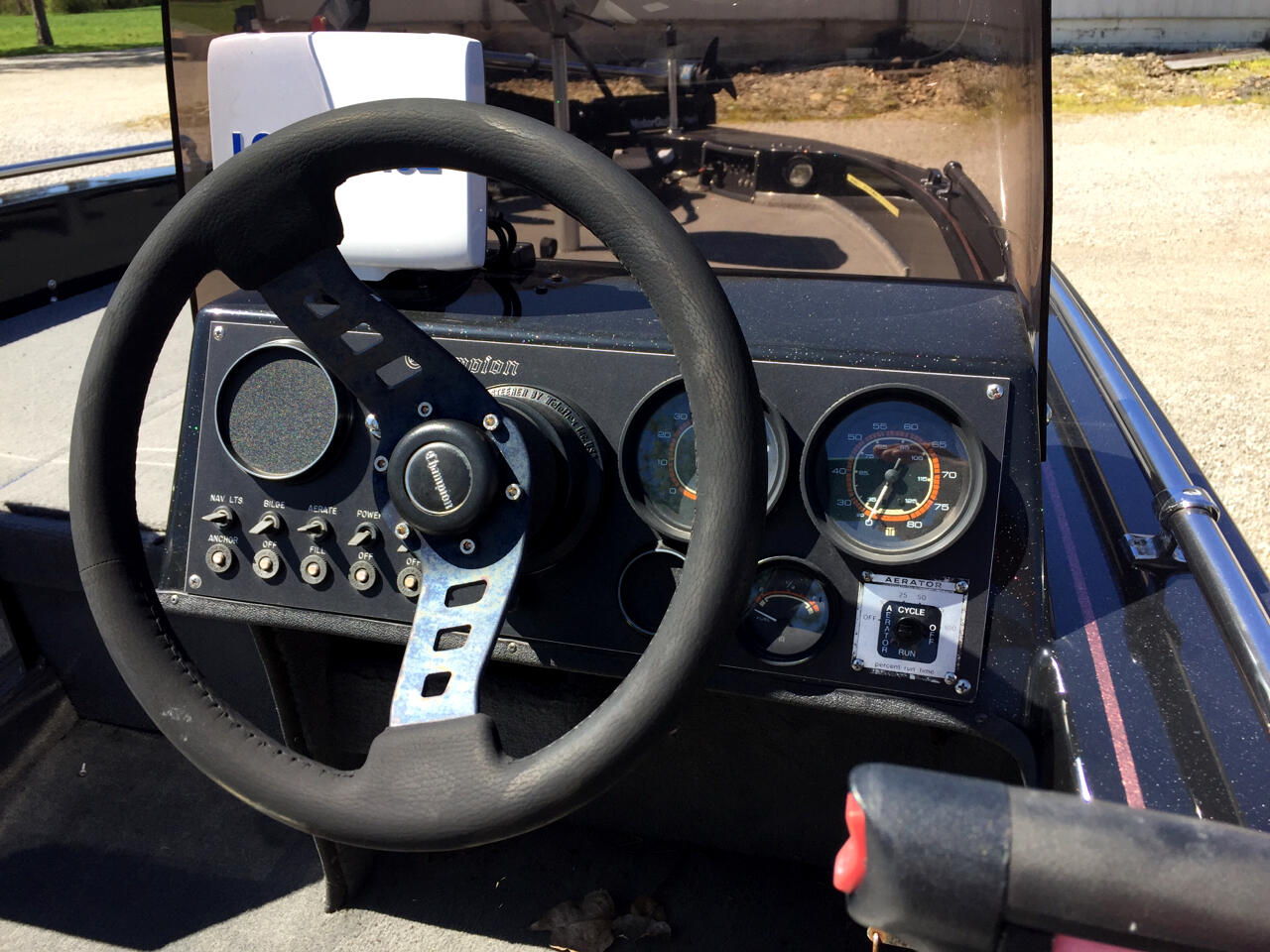 1990 Champion 720A