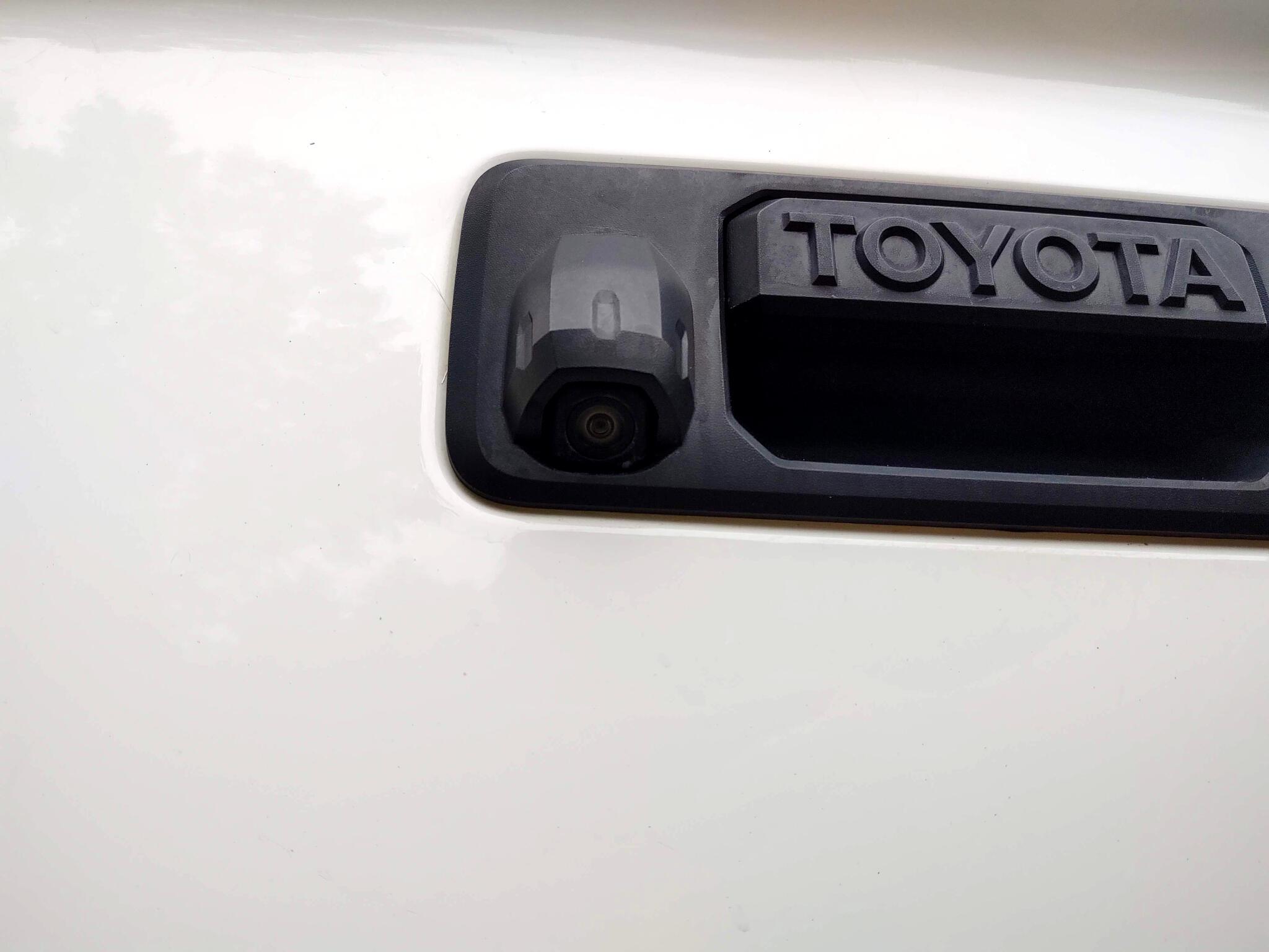 2014 Toyota Tundra 4WD Truck Double Cab 5.7L FFV V8 6-Spd AT LTD (Natl)