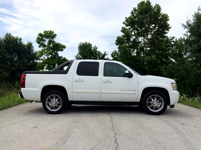 "2007 Chevrolet Avalanche 1500 5dr Crew Cab 130"" WB 4WD LT"