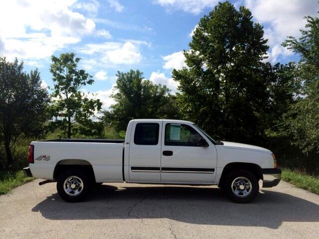 2004 Chevrolet Silverado 1500 Work Truck Ext. Cab Short Bed 4WD