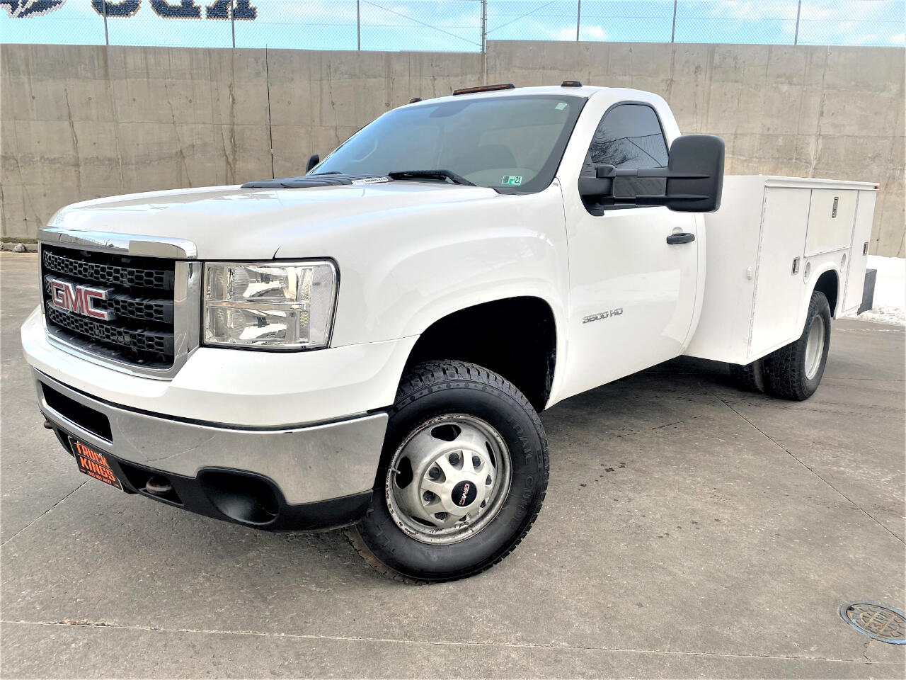 GMC Sierra 3500HD Work Truck 4WD 2011